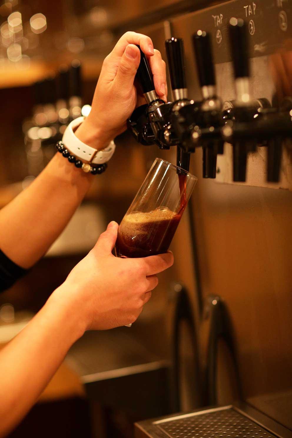 本物の樽生クラフトビールを